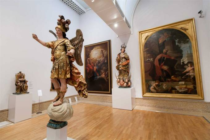 Estatua-Sao-Miguel-museu-nacional-arte-antiga-lisboa
