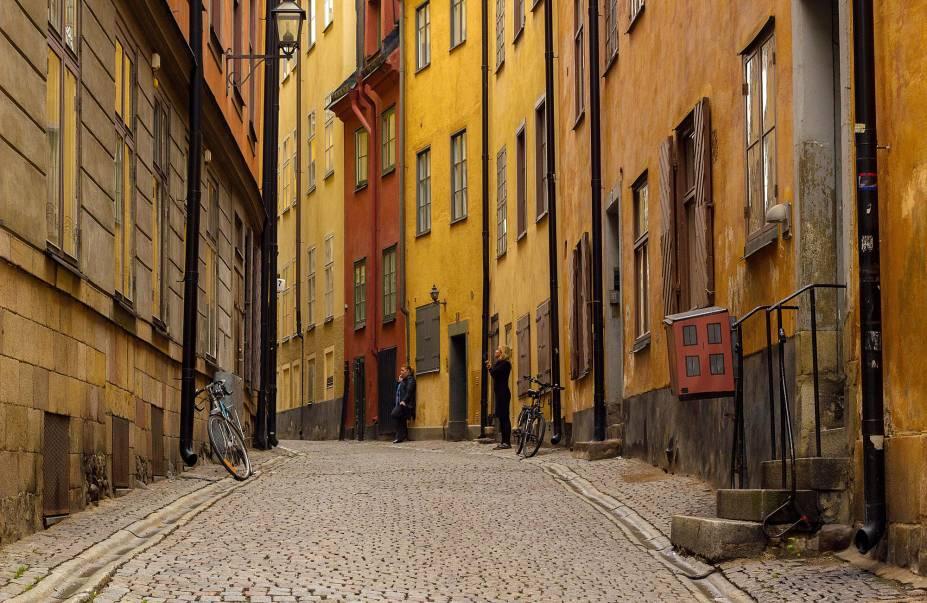 O Gamla Stan, ou Cidade Velha, é um dos maiores e mais bem preservados bairros medievais na Europa.