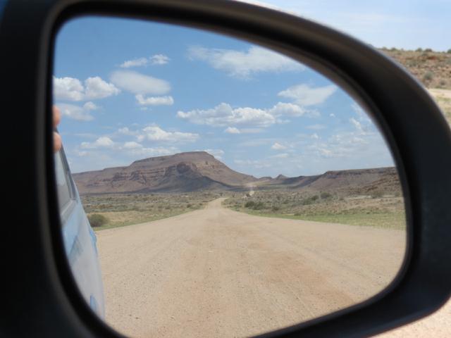 A estrada: nada nem ninguém