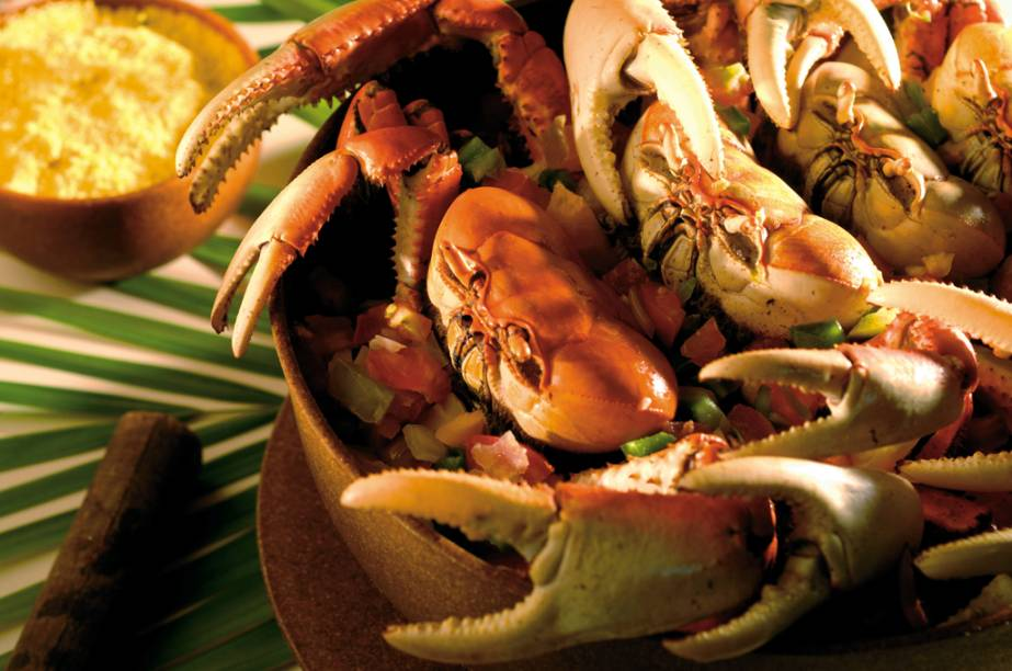 Caraguejo servido no resort Beach Park em Fortaleza (CE)