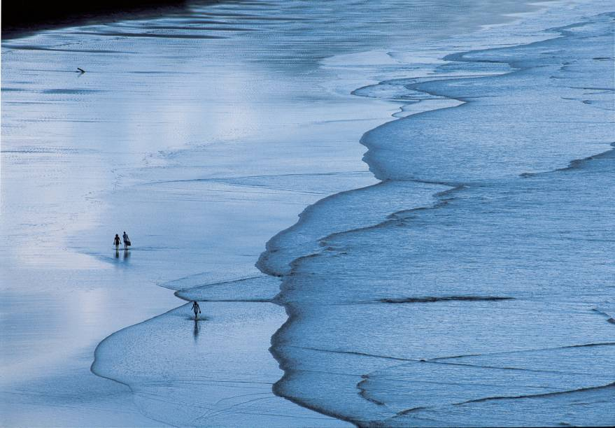 Só por barco ou por trilha se chega a algumas praias da Guarda, preservadas e com ares de destino secreto. Que o digam os surfistas, que as têm como um dos seus refúgios preferidos.