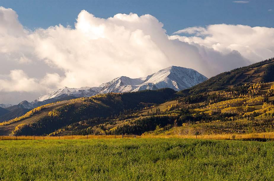 Fora da temporada de inverno, Aspen também oferece boas opões para os visitantes
