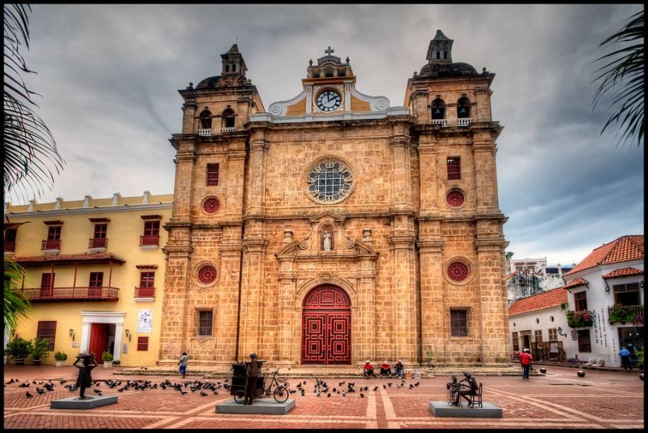 A Igreja de San Pedro Claver tem uma arquitetura interessante, além de estar localizada em uma praça agitada e bem frequentada