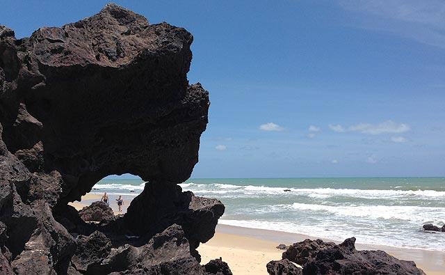 Rochas malucas da Praia da Pipa (RN) <3