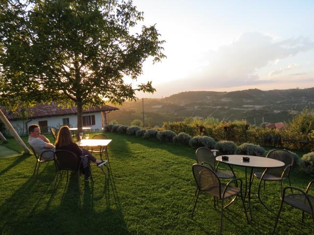 Fim de tarde na região do Langhe, no Piemonte, no Agriturismo La Torricella
