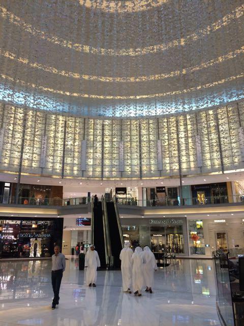 As mil e uma compras no Dubai Mall, o maior shopping do mundo