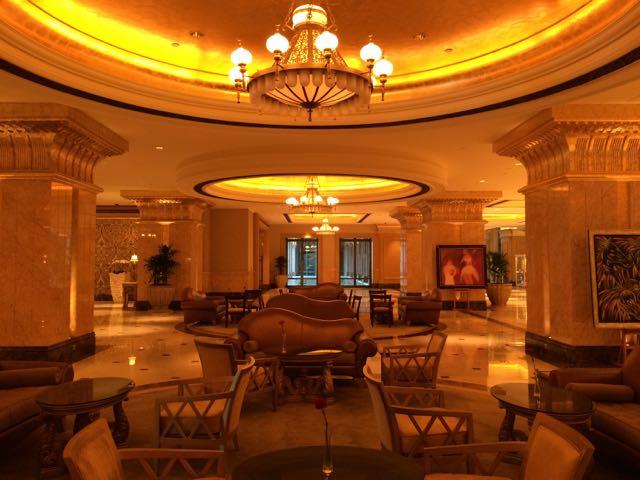 Emirates Palace por dentro, em Abu Dhabi