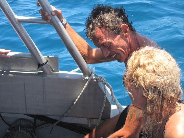 O inesquecível Toni, um mergulhador técnico hardcore que conhecemos através do povo do KoroSun (ao lado de Janine)