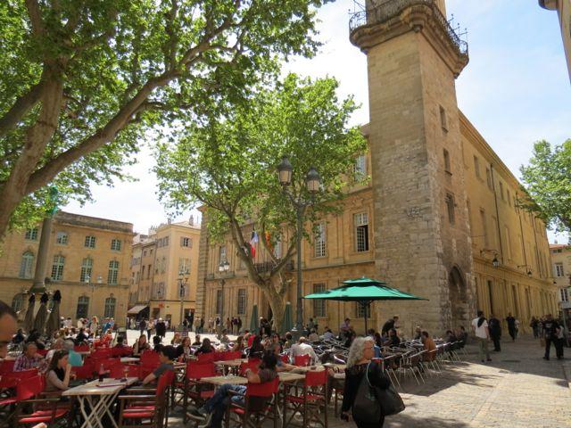 Aix-en-Provence é linda de morrer, mas tem algumas pegadinhas logísticas para quem viaja de trem