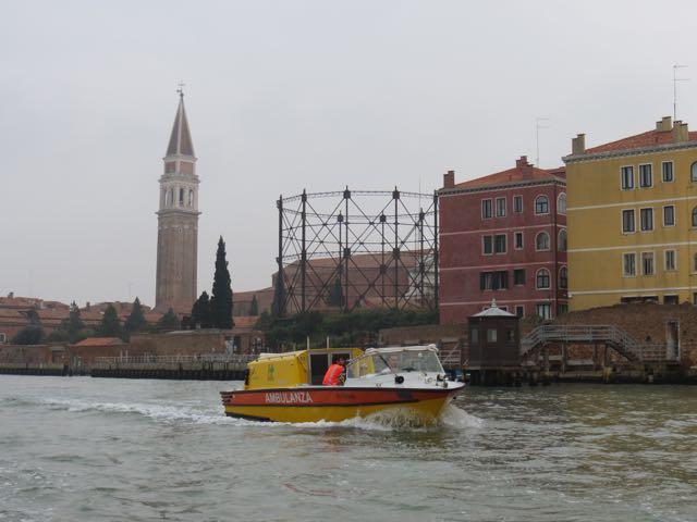 Ambulância ao estilo veneziano