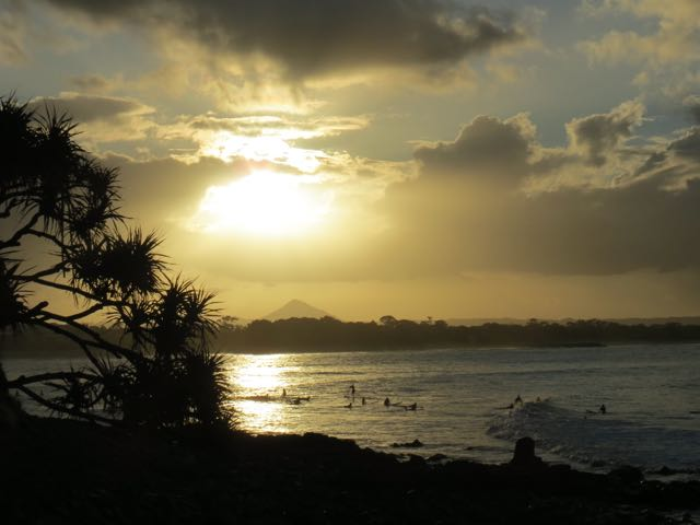 Fim de tarde matador vendo a galera surfar de um dos mirantes do parque nacional