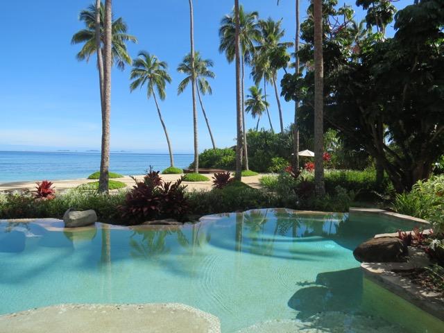 Hotel de milhares de dólares por noite com essa piscina privê maravilhosa? Tem (Na foto: Laucala Island)