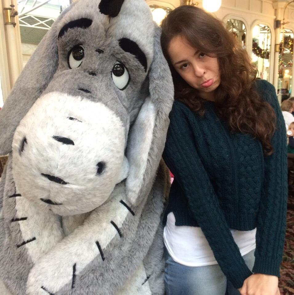 Bizonho (Ursinho Pooh) e Júlia Arneiro