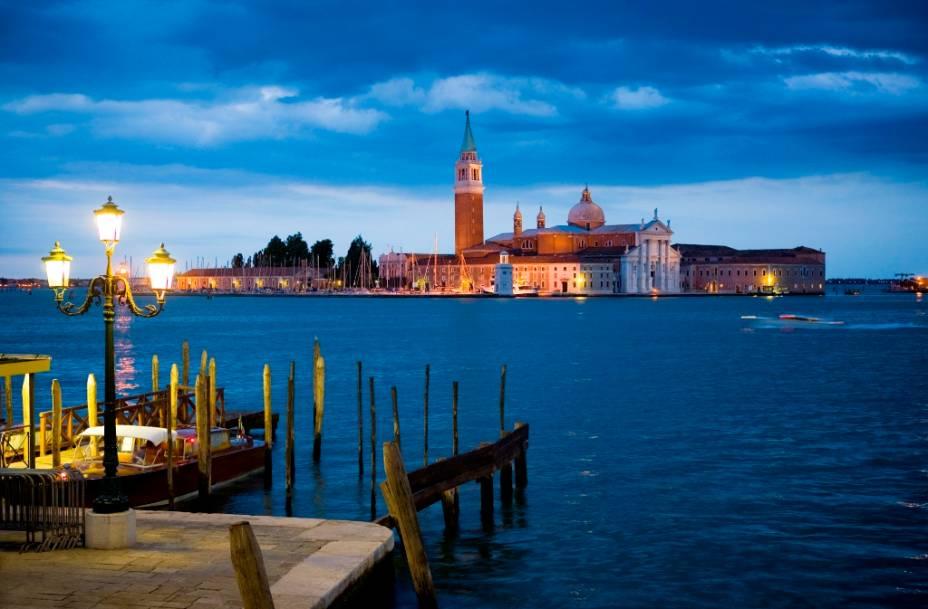 A ilha de San Giorgio Maggiore é um dos muitos bons passeios a partir da Piazza de San Marco, em Veneza