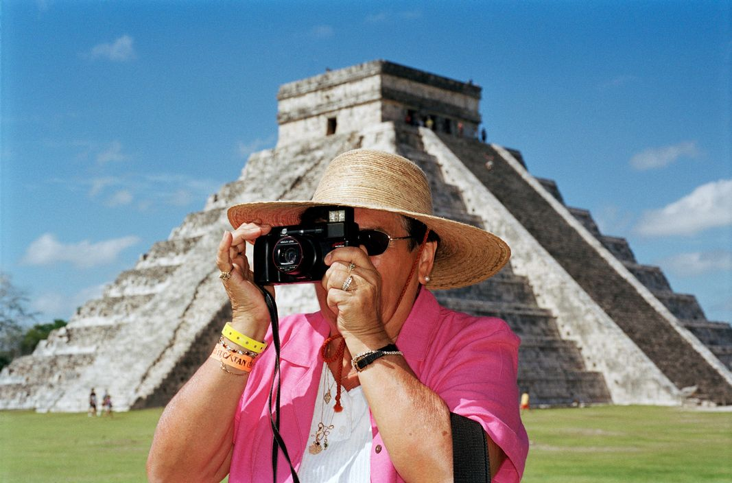 MEXICO. Chichen Itza. 2002.