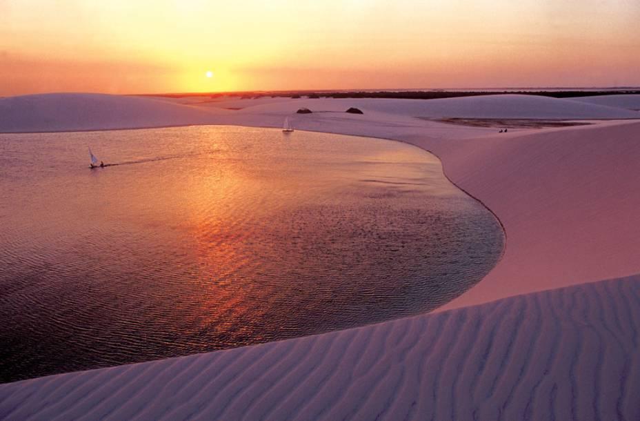 """Lagoa da Gaivota em <a href=""""http://viajeaqui.abril.com.br/cidades/br-ma-santo-amaro-do-maranhao"""" rel=""""Santo Amaro (MA)"""" target=""""_blank"""">Santo Amaro (MA)</a>"""