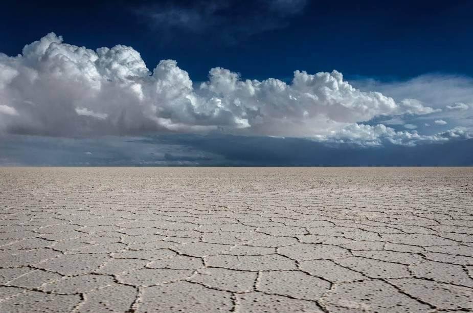 O Salar de Uyuni, na Bolívia, em época de seca (e frio)