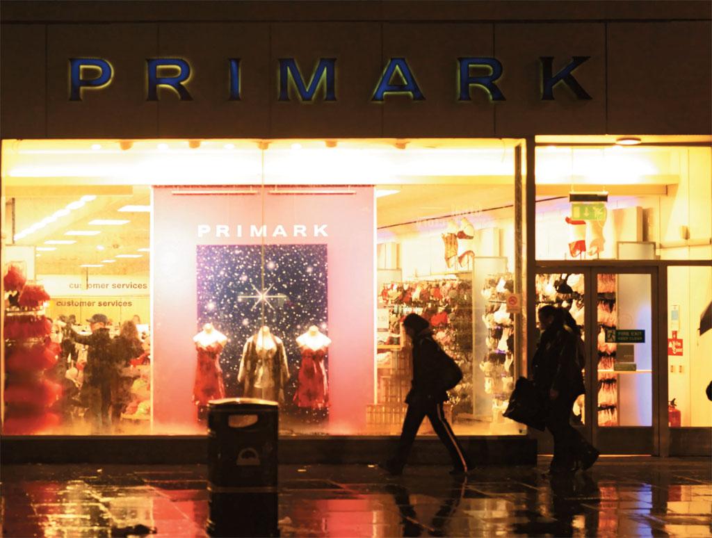 Vitrine da Primark, em Londres, Inglaterra