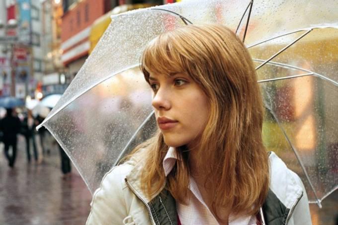 Scarlett Johansson e a chuvinha japonesa em Encontros e Desencontros / Reprodução