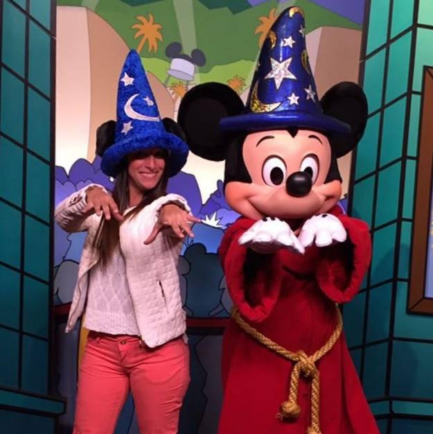 Mickey Feiticeiro e Luana Da Luz