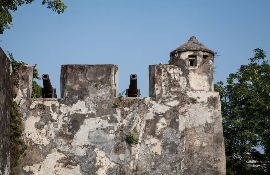 Assim como a Fortaleza do Monte (Monte Forte), de onde é possível ter uma vista incrível do centro histórico.