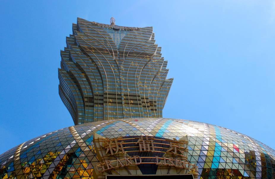 Com sua arquitetura inusitada, o casino Gran Lisboa é um dos ícones da cidade.