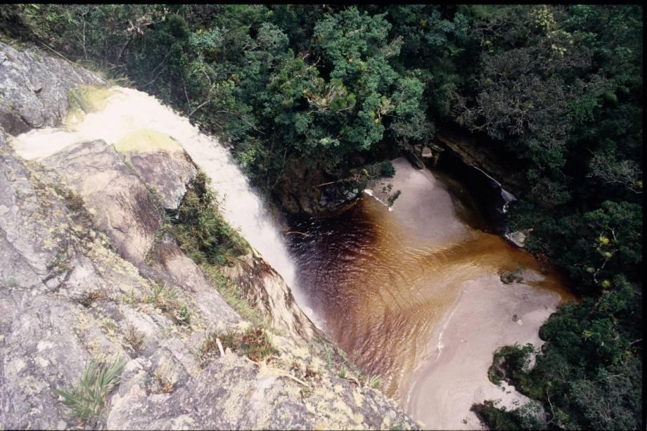 Com trilhas bem marcadas, cachoeiras e piscinas artificiais, o Parque Estadual do Ibitipoca (MG) é procurado por quem quer um contato mais próximo com a natureza