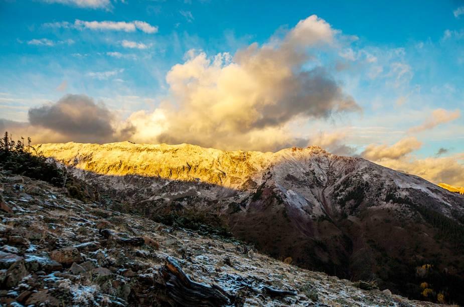 Ao redor da Aspen-Snowmass, há cenários convidativos a passeios e lugares bem estrururados para receber os turistas
