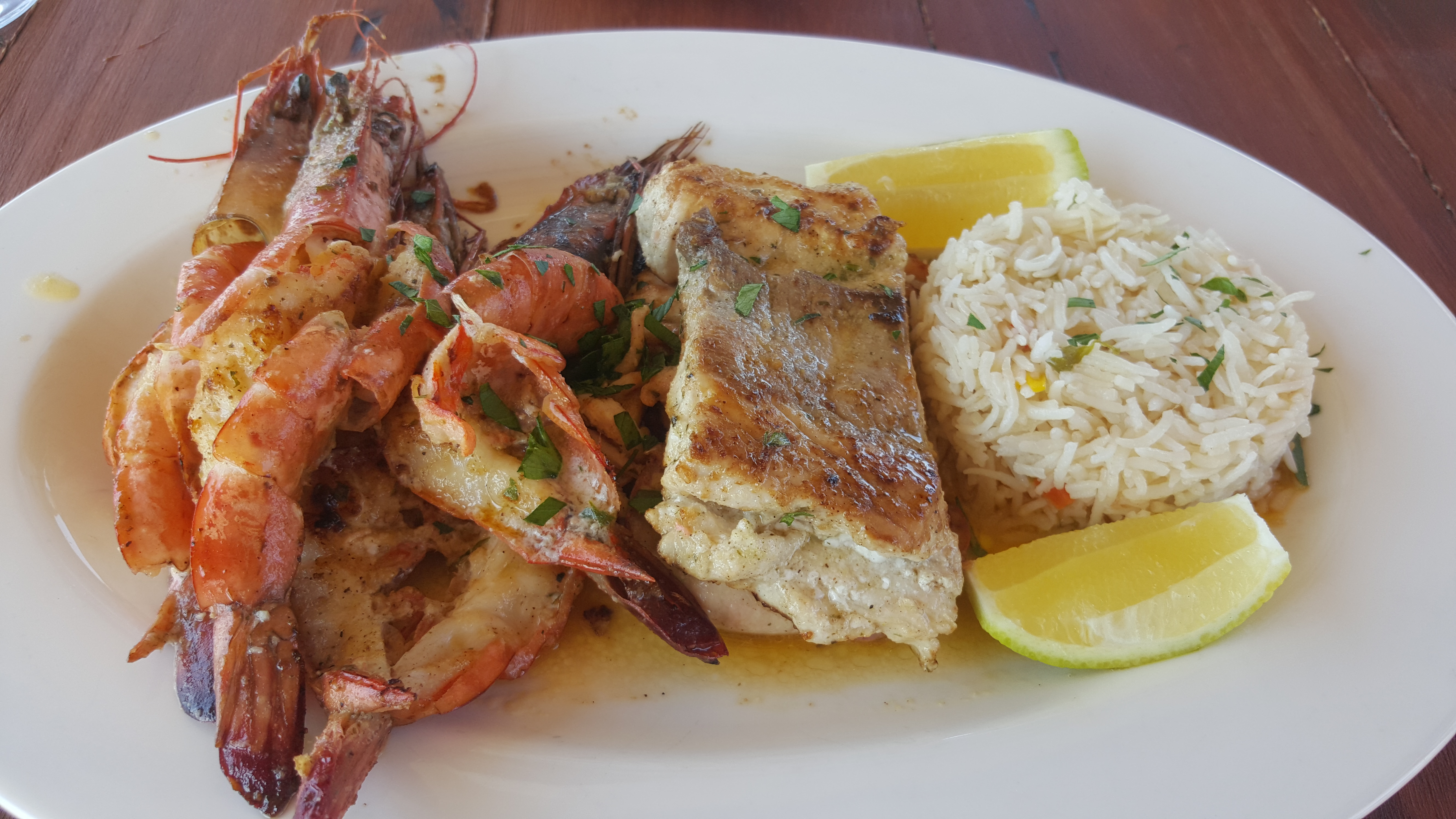 Comida moçambicada: frutos do mar a rodo e especiarias de personalidade