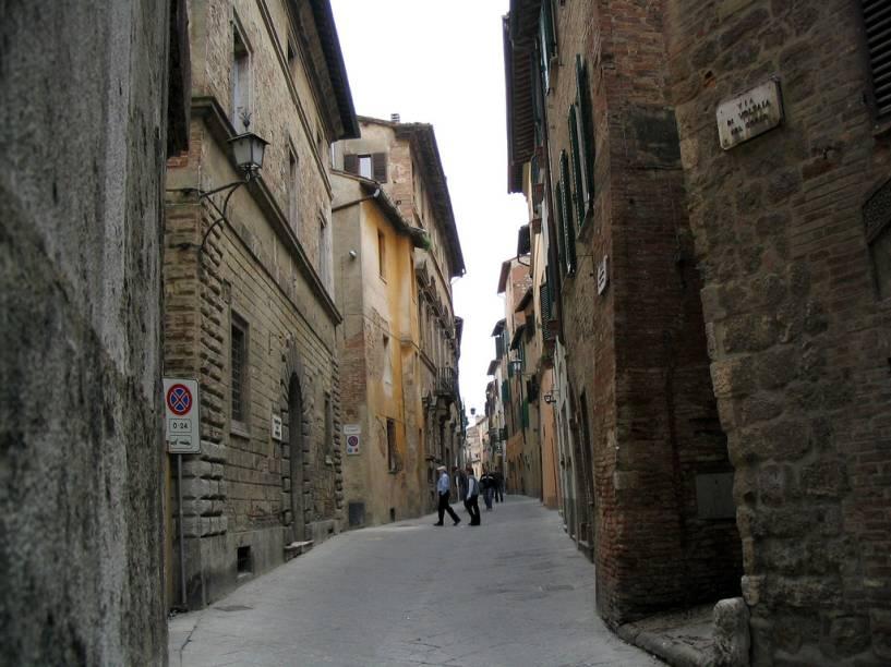Montepulciano ainda mantém suas estreitas ruas medievais