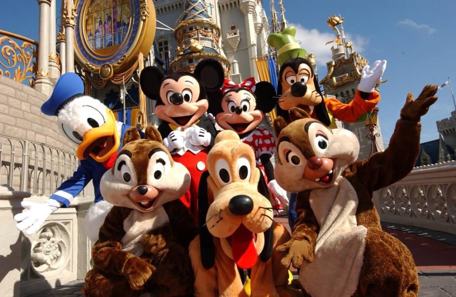 Personagens da Disney no Parque Magic Kingdom, o mais antigo do complexo, inaugurado em 1971