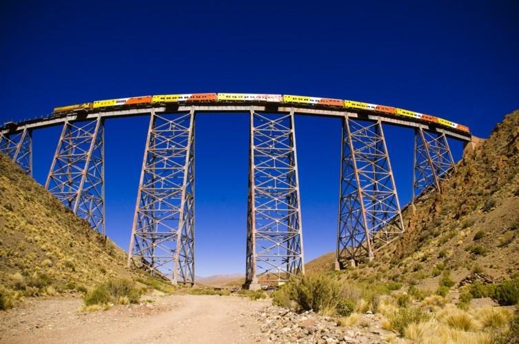 O <em>tren de las nubes </em>é um dos passeios mais populares para quem visita Salta