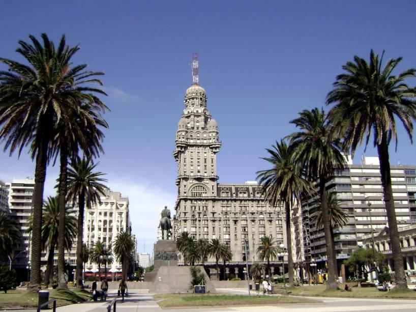 Palácio Salvo, no centro de Montevidéu