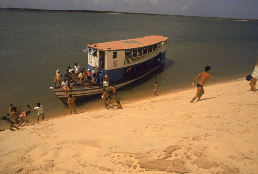 Barco na Barra do Meio, no Piauí