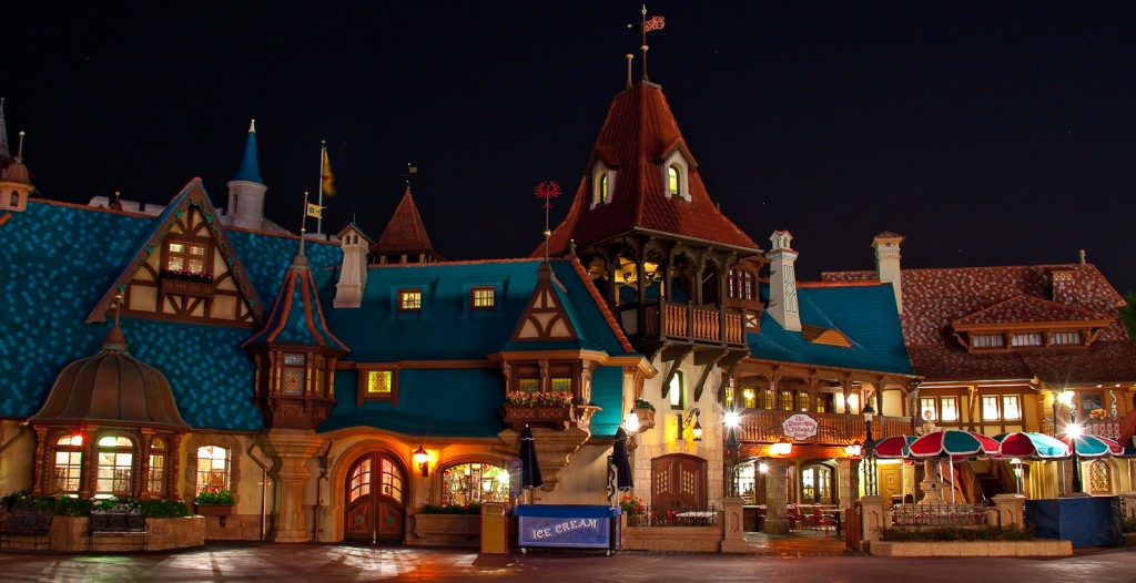 Vista externa do Pinocchio Village Haus. (Foto: Scott Smith |Creative Commons - Flickr)