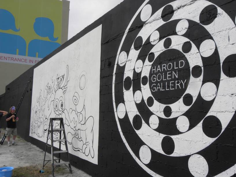 Pintura na parede da Harold Golen Gallery, em Wynwood Art District, em Miami