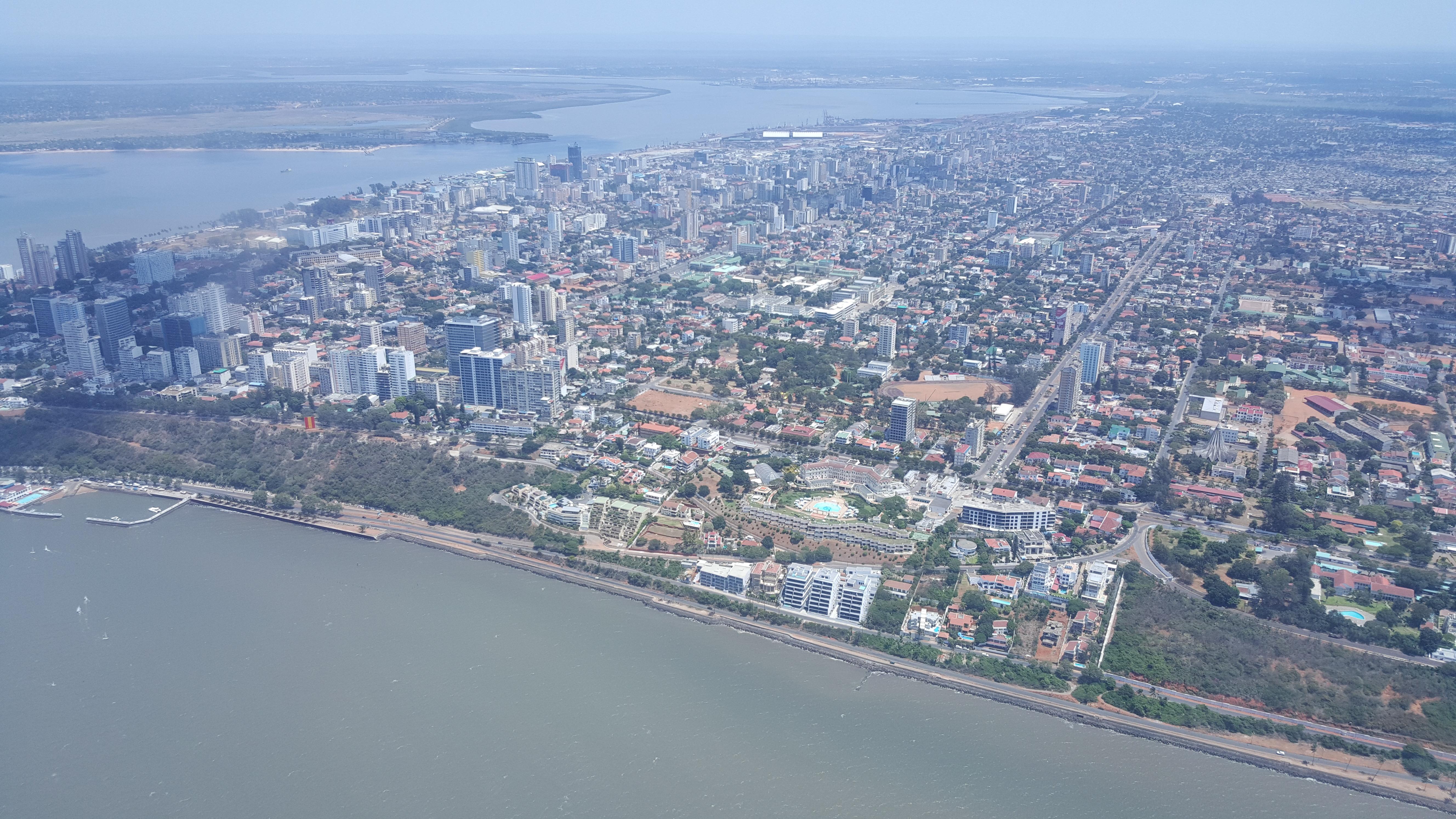 Maputo do alto: uma ilha de prosperidade...