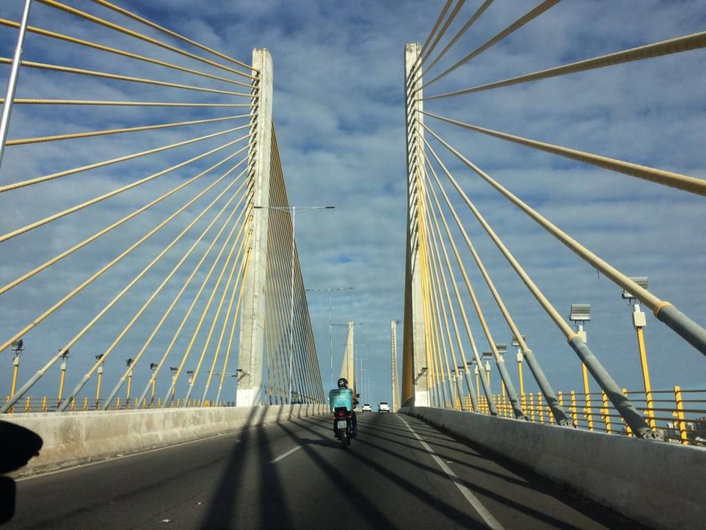 Ponte Newton Navarro, em Natal (RN): nada de bloqueios! (foto: Ana Claudia Crispim)