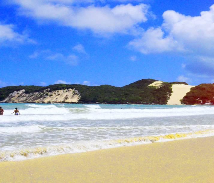Praia Ponta Negra, uma das mais turísticas da cidade Natal, capital do Rio Grande do Norte