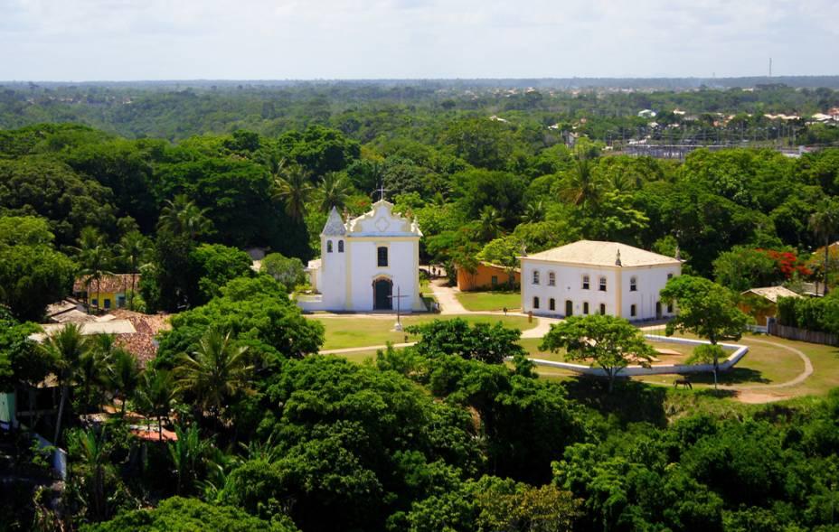 Porto Seguro é a cidade Histórica onde se concentrou o primeiro núcleo habitacional do Brasil. Em destaque, a Igreja de Nossa Senhora da Pena (padroeira da cidade); e a Casa de Câmara e Cadeia, que abriga o Museu de Porto Seguro. Faz parte do roteiro da Costa do Descobrimento, na Bahia