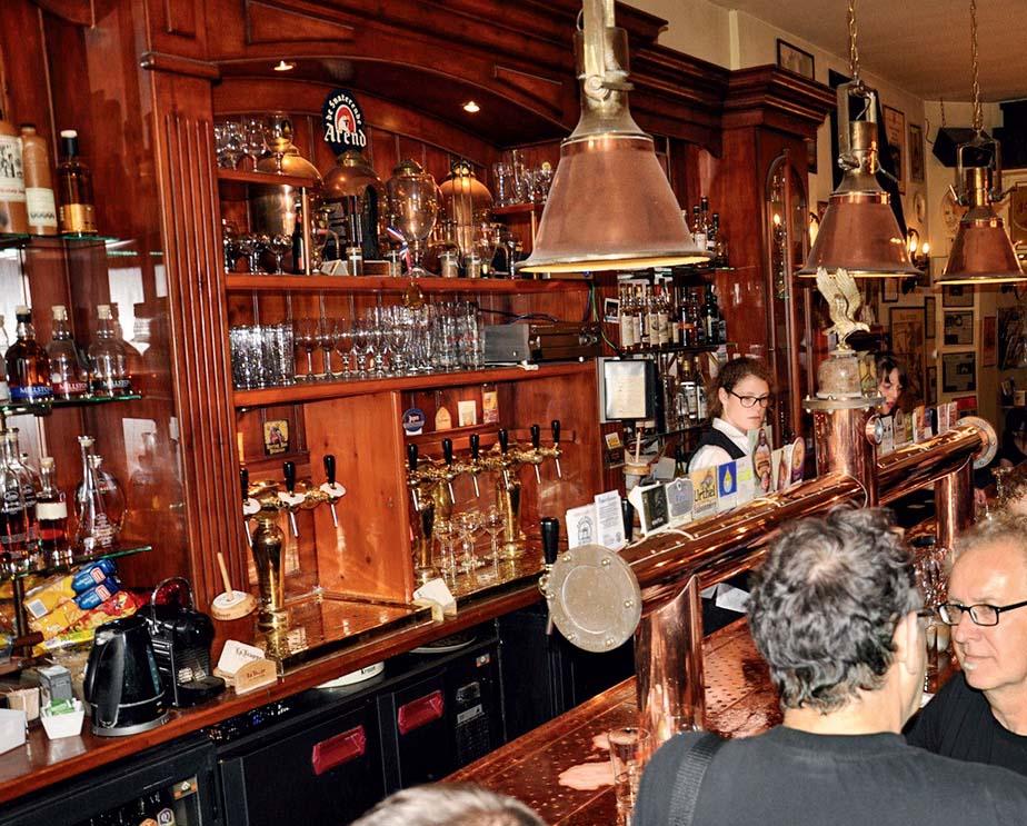 Pub Arendsnest, onde as loiras vêm na caneca