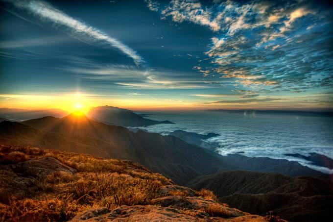 Ricardo Martins viu o nascer do sol às 5 da manhã no Pico dos Marins