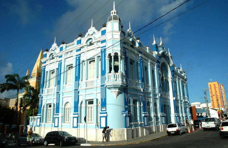 Nomeado em homenagem ao índio potiguar Felipe Camarão, o palácio é a sede da prefeitura de Natal (RN)