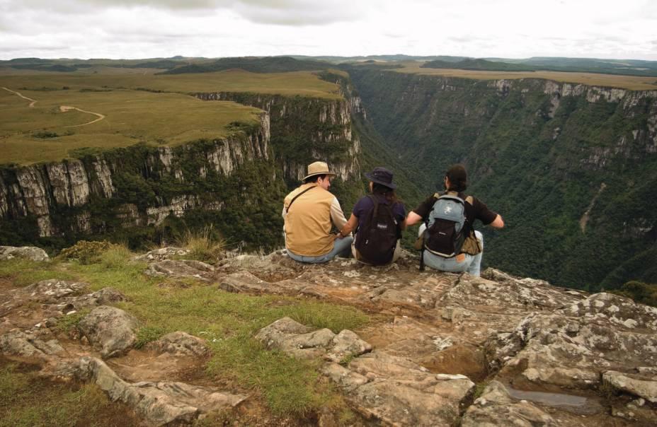 O Parque Nacional da Serra Geral conta com pouca estrutura para receber turistas. Pouco importa: o impressionante Cânion da Fortaleza, com 7,5 km de extensão, 900 m de profundidade e 1500 m de largura, vale a visita.