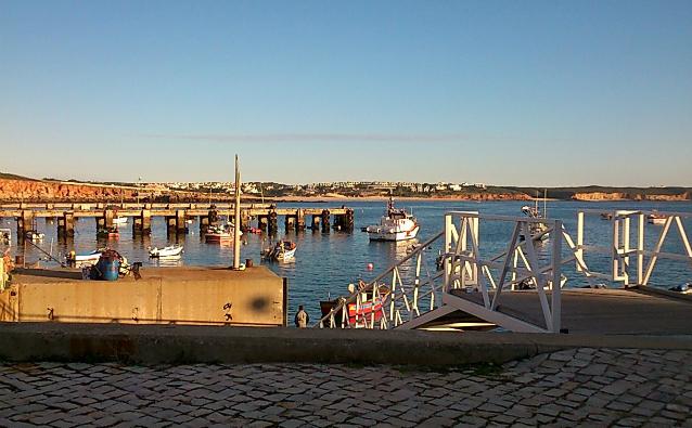 Porto da Baleeira, Sagres (foto: Renata Hirota)