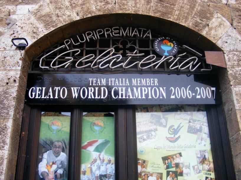 Além do vinho com uvas vernacce, San Gimignano ainda abriga outro tesouro gastronômico: a melhor sorveteria do mundo
