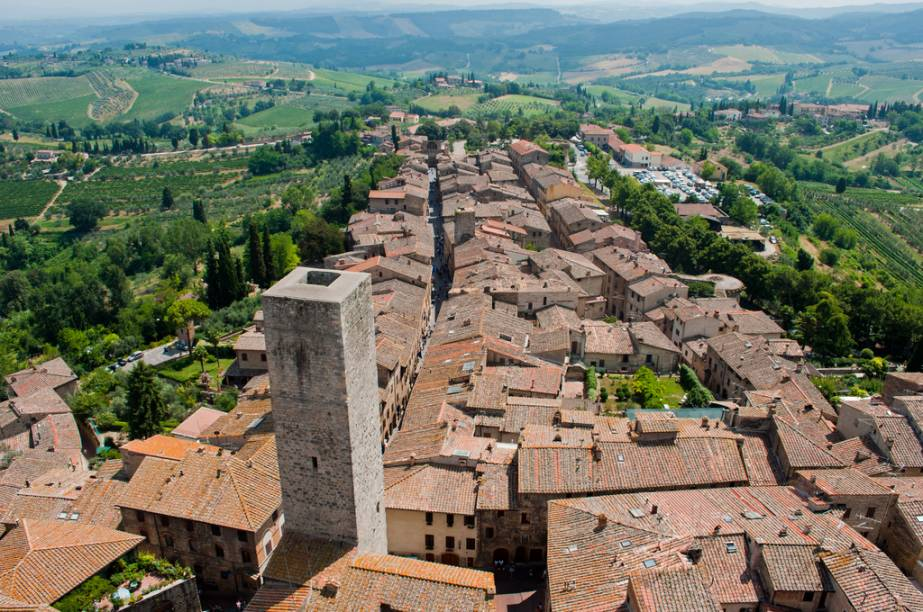 A pequena e charmosa San Gimignano é um pequeno tesouro arquitetônico medieval e fica pertinho de Siena