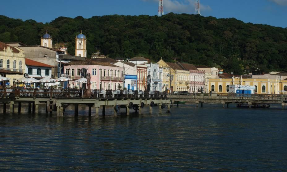 São Francisco do Sul (SC) é uma das vilas mais antigas do Brasil. O casario colonial, à beira da Baía de Babitonga, é um dos últimos núcleos açorianos no país