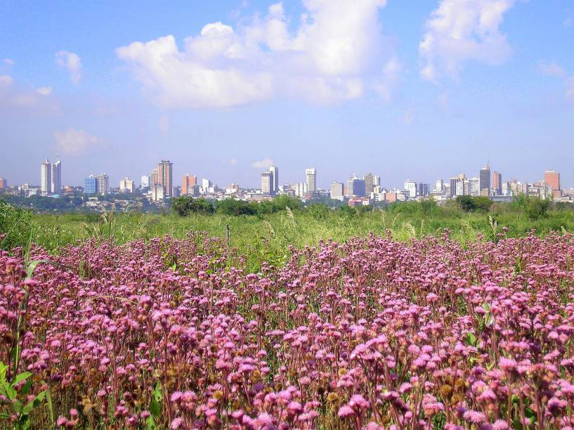 Skyline da cidade de Asunción, Paraguai