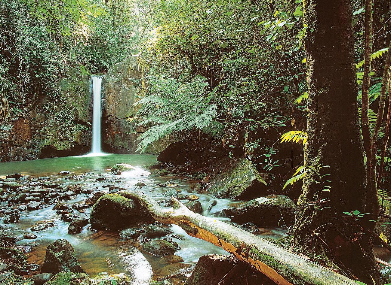 Cachoeira do Sem Fim no Petar, Iporanga (SP)